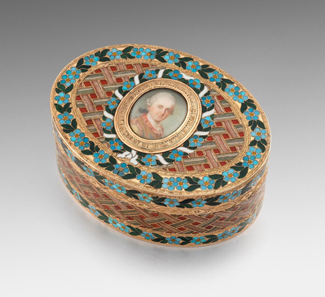 A gold and hardstone portrait snuff box presented by Frederick Augustus III, Elector of Saxony, to the Danish envoy Christian Sehestedt Juul