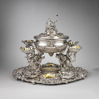 A HIGHLY IMPORTANT GEORGE III CENTREPIECE