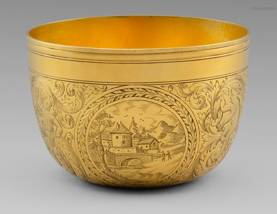 An Exquisite & Extremely Rare 17th Century Gold Beaker