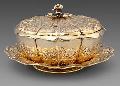 A William IV Butter Dish on Stand