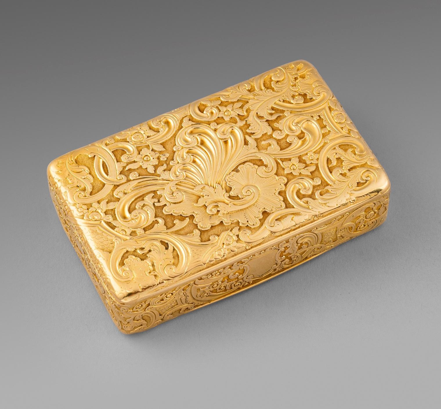 A Victorian Gold Snuff Box