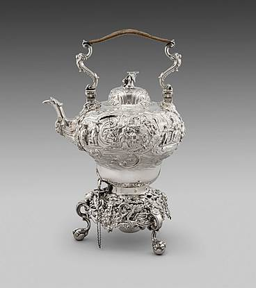 A Victorian Chinoiserie Tea Kettle
