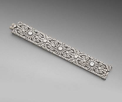 An Art Deco Openwork Diamond Strap Bracelet