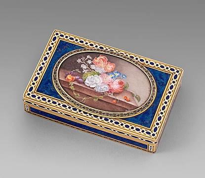 A Rectangular Gold and Enamel Box