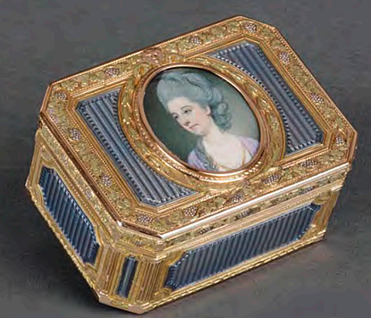 A French Gold & Enamel Box