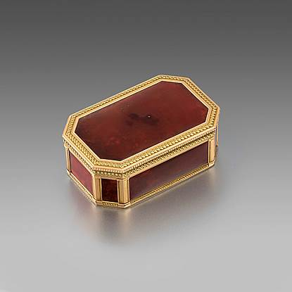 A Louis XVI Gold-Mounted Hardstone Snuff-Box