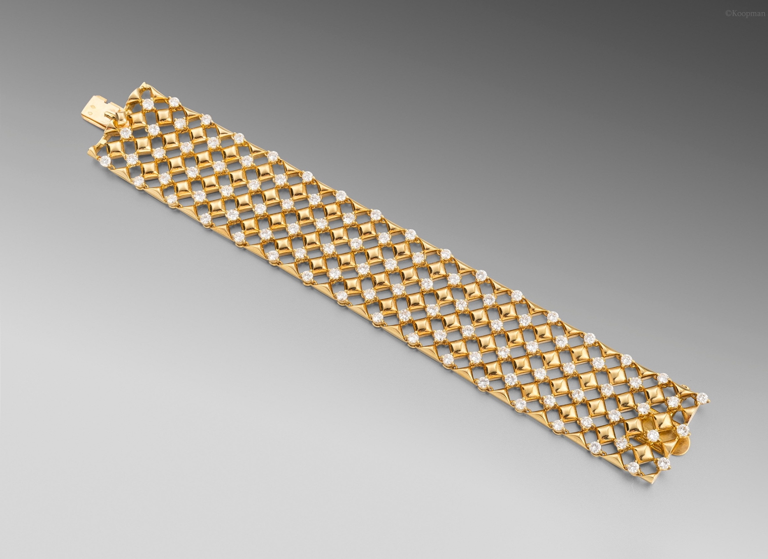 A Gold and Diamond Bracelet