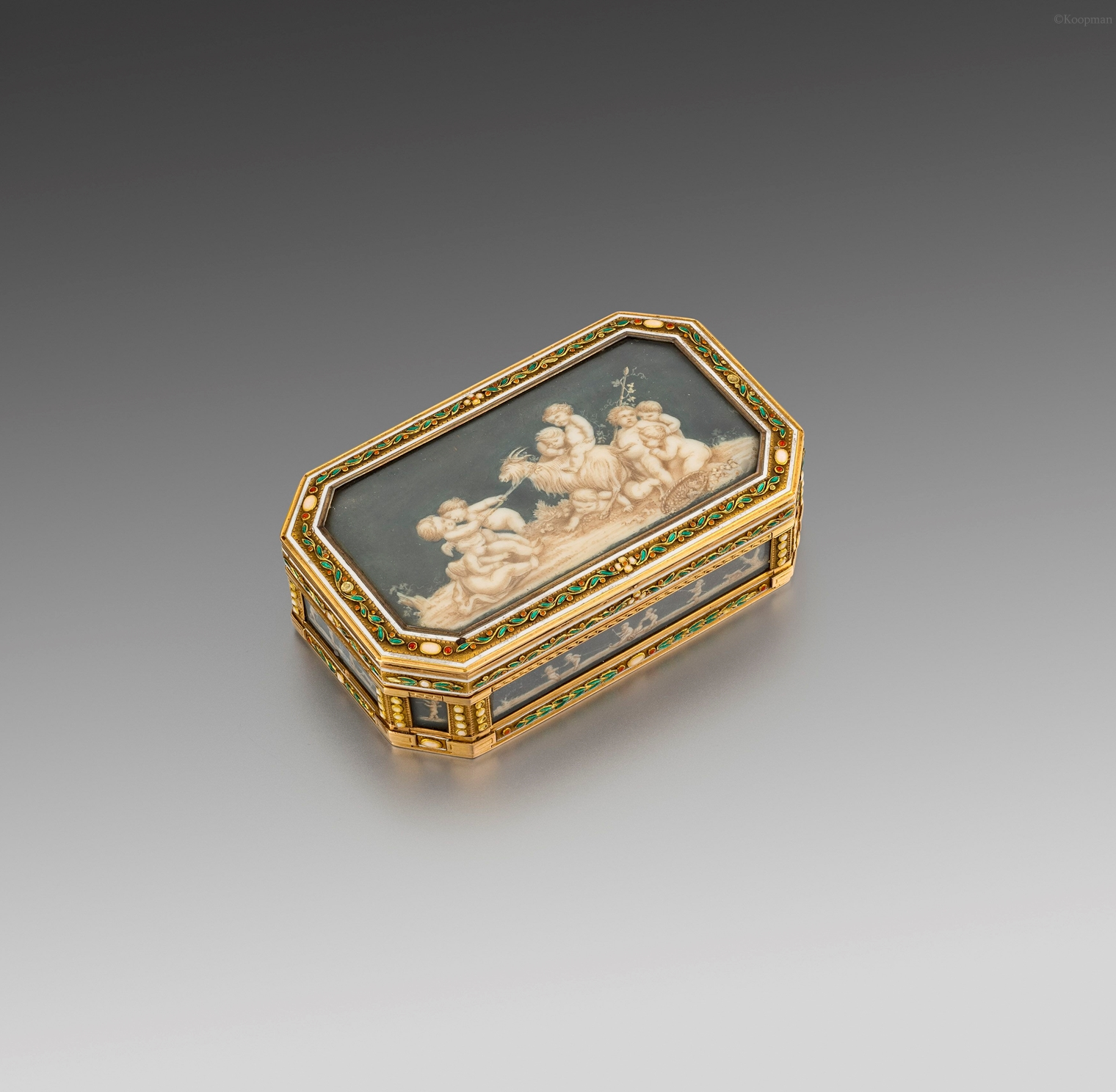 A French Gold, Enamel & Ivory Boîte À Miniatures