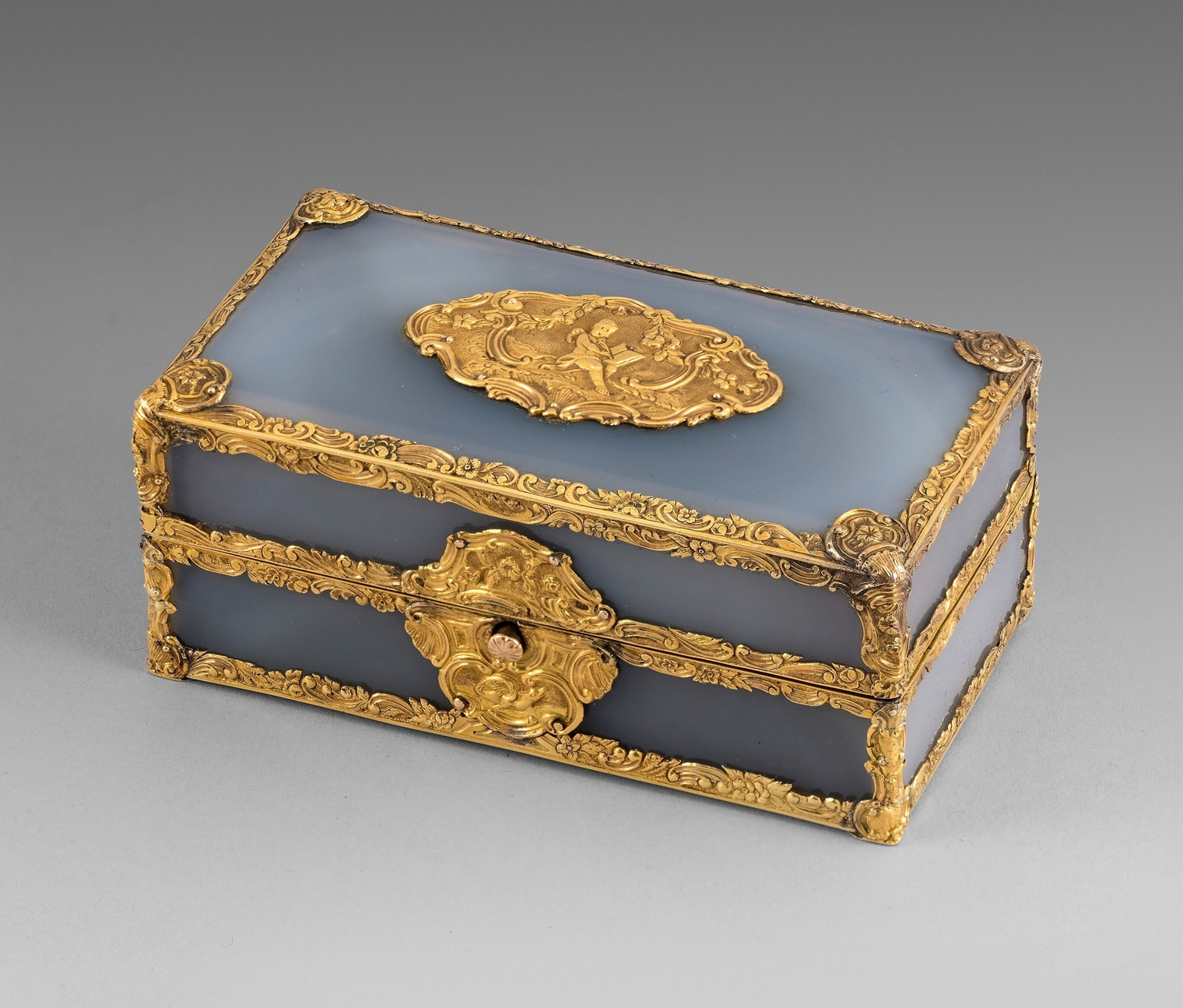 A George II Gold and Agate Travelling Writing Set