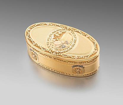 French Vari-Colour Oval Gold Box