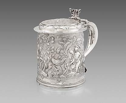 An Early English Chinoiserie Tankard