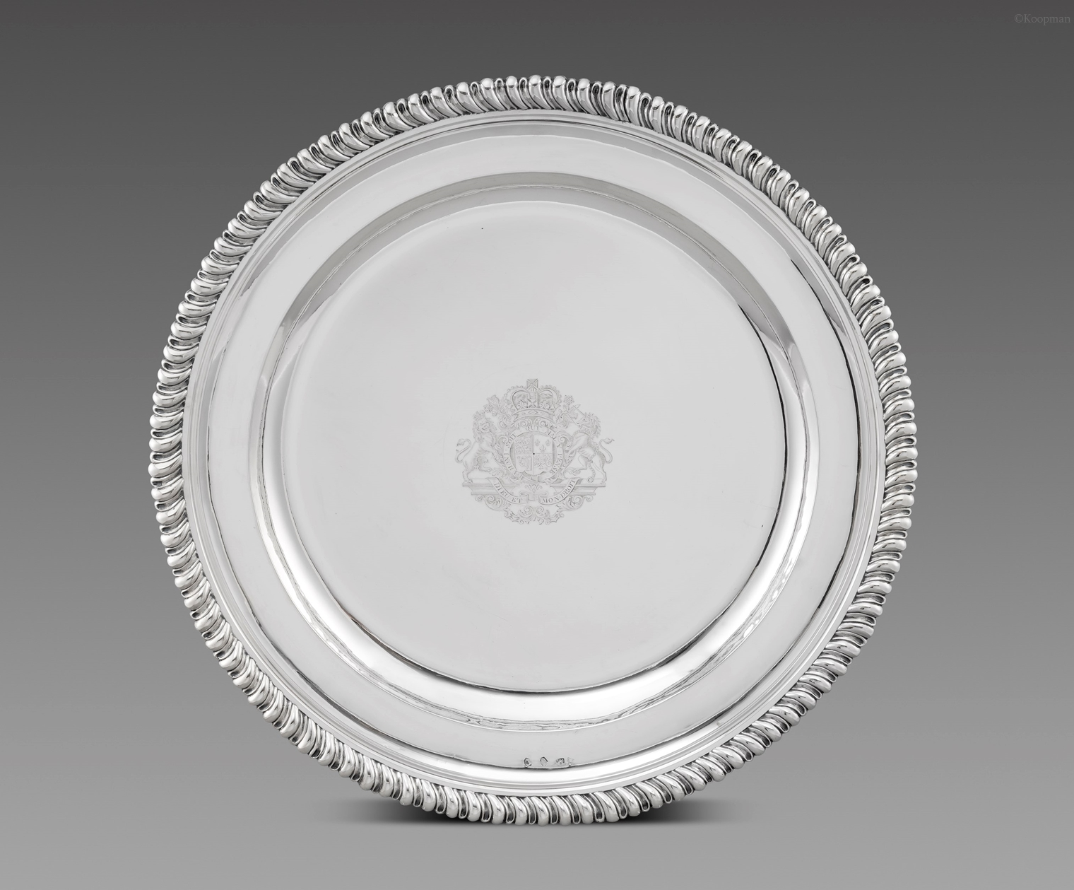 A Royal George II Sideboard Dish