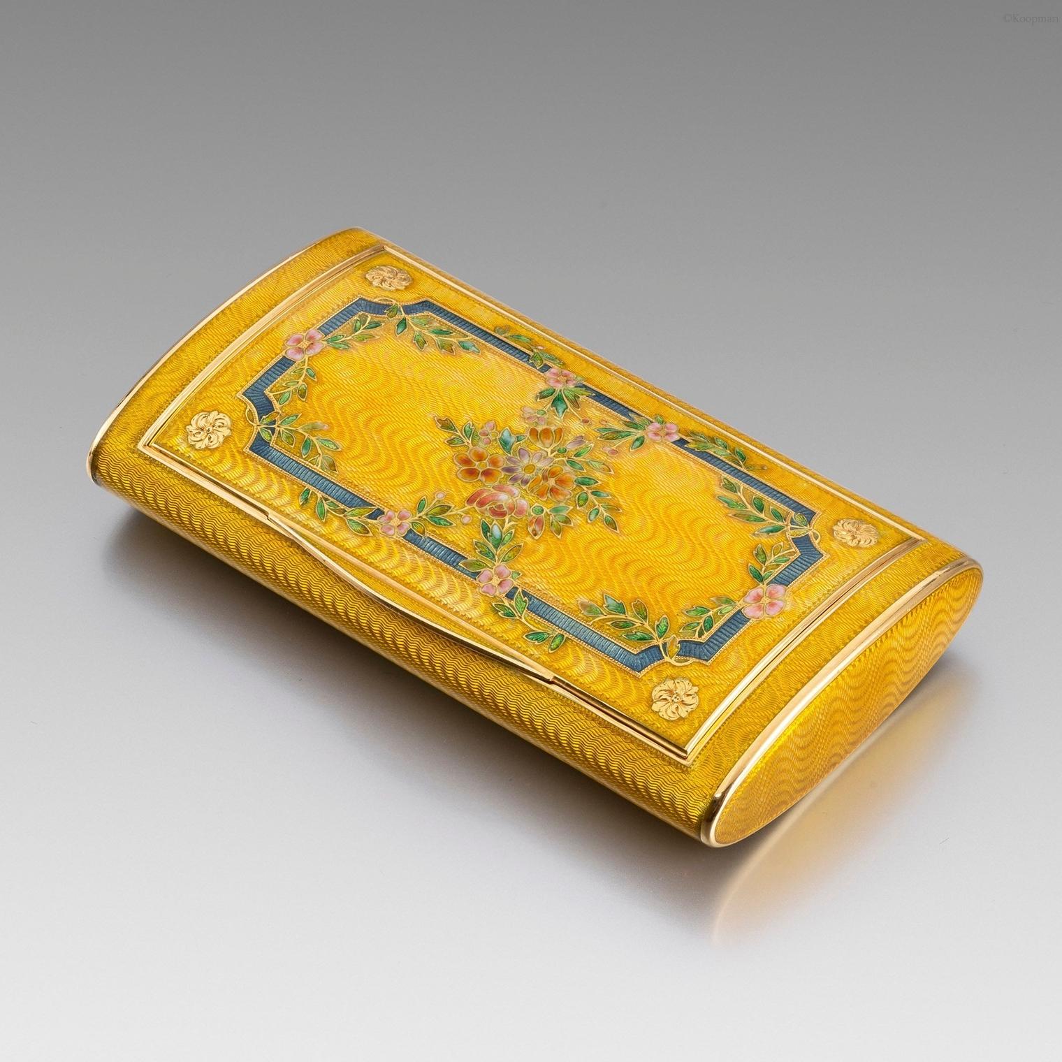 A 19th Century French Gold & Enamel Snuff Box