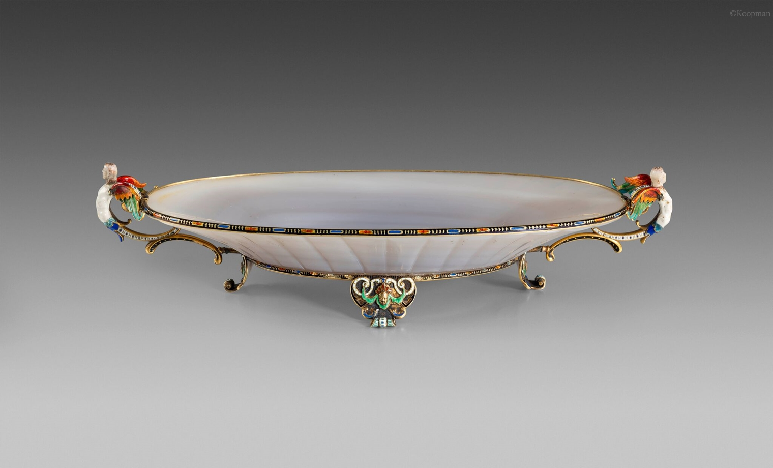 A 19th Century Gold, Enamel & Agate Dish
