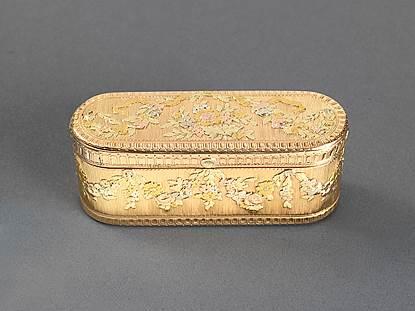 A French Louis XV Vari-Coloured Gold Box
