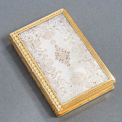 A Rare 18th Century Gold & Mother of Pearl Box