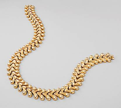 Gold V Link Collar Necklace