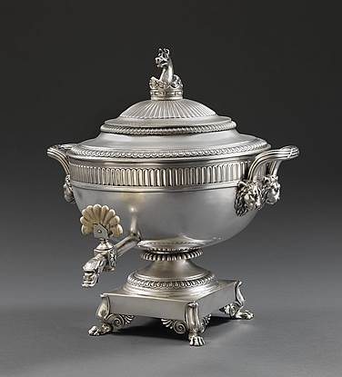 A George III silver Tea Urn