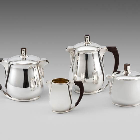 A French Art Deco Tea & Coffee Set
