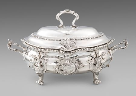 William Cripps silver soup tureen rococo antique London best silver London antiques