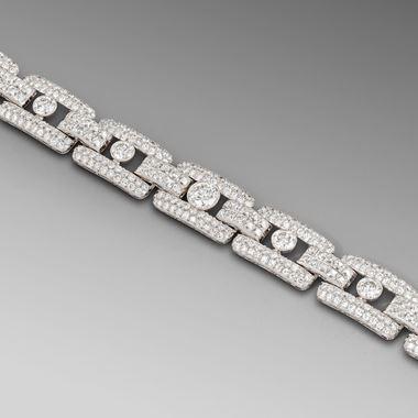 A Superb Art Deco Diamond Bracelet