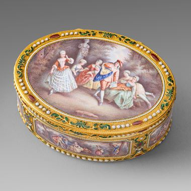 A German Gold & Enamel Snuff Box