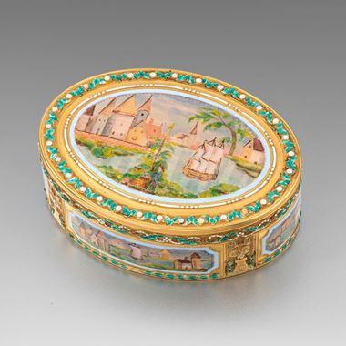 A French Gold & Enamel Box