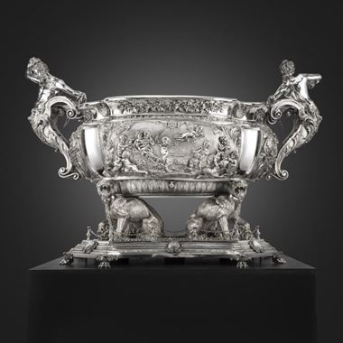 An Extraordinary Early 20th Century Wine Cistern