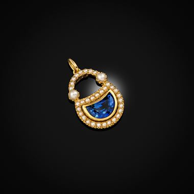 A Sapphire, pearl and gold pendant